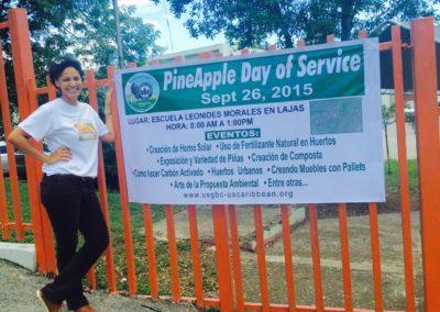 Ada Miranda líder escolar PineApple Day of Service 2015